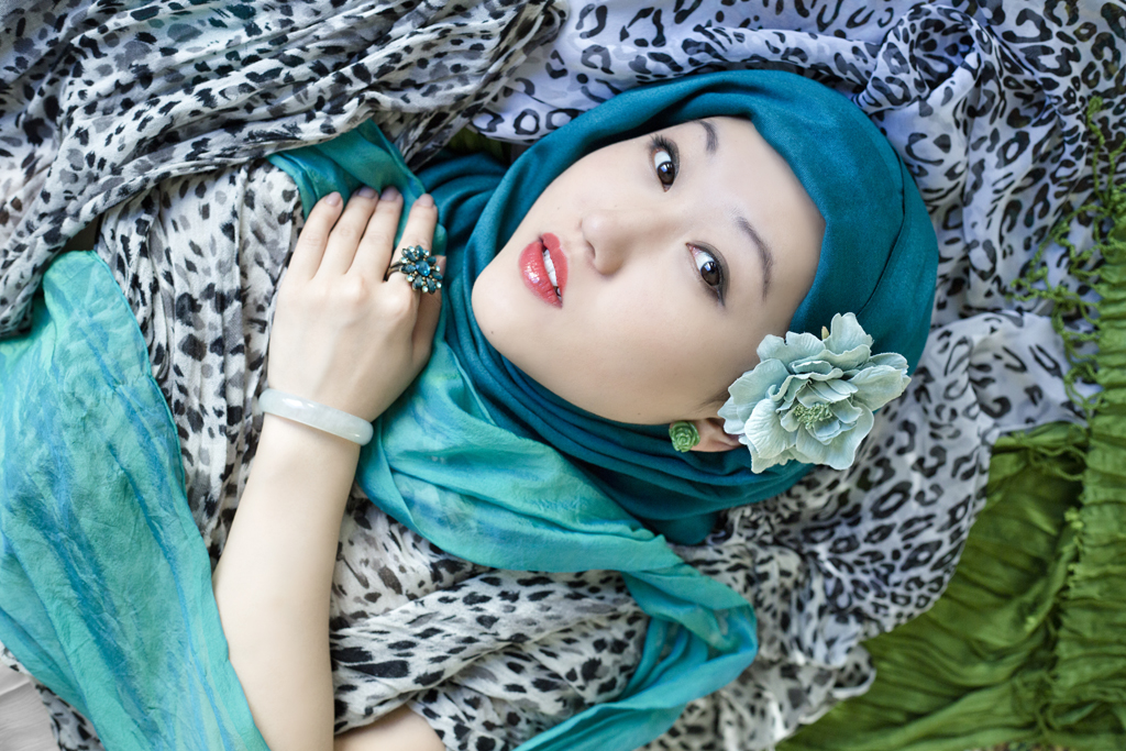 Photographer: Grace Lye Model: Jenny Zhang